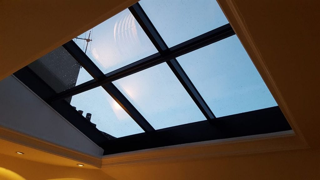 Shutters and roofing skylights